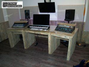 studio desk van steigerhout